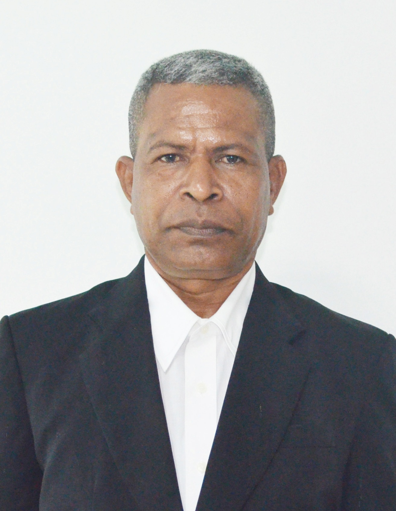 Luis dos Santos()